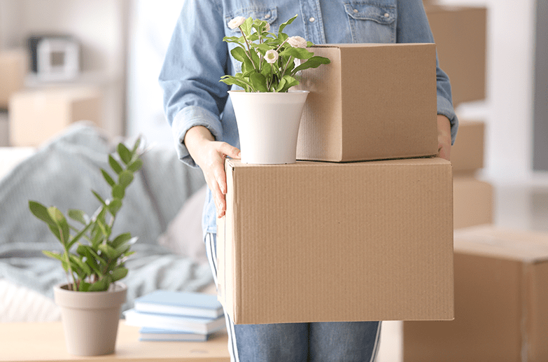 50 PACKING TIPS FOR MOVING feature